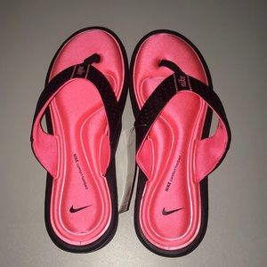 Nike Comfort Sandals Pink Black size 10 NEW